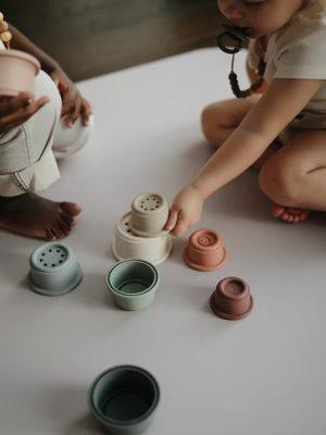 ampliar la imagen de juego con vasitos apilables