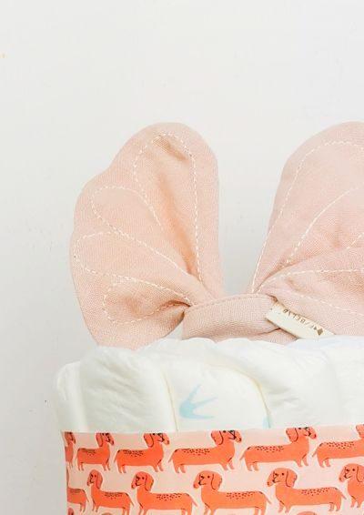 ampliar imagen tarta de pañales pink dog detalle 2